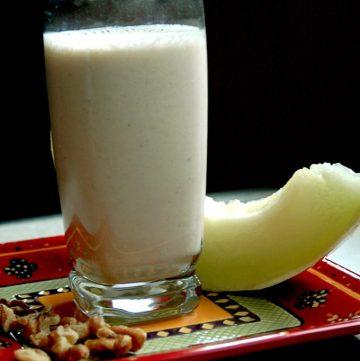Nutty Banana-Dew Smoothie