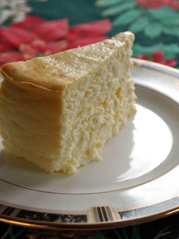 piece of Fluffy Crustless Cheesecake