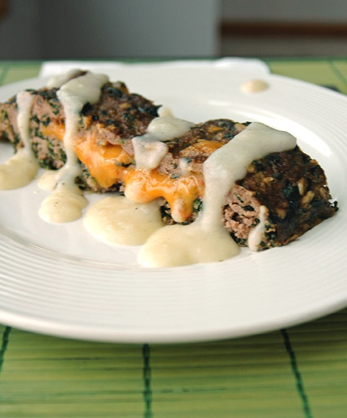 Cheddar-Stuffed-Florentine-Meatloaf-with-Creamy-Potato-Gravy