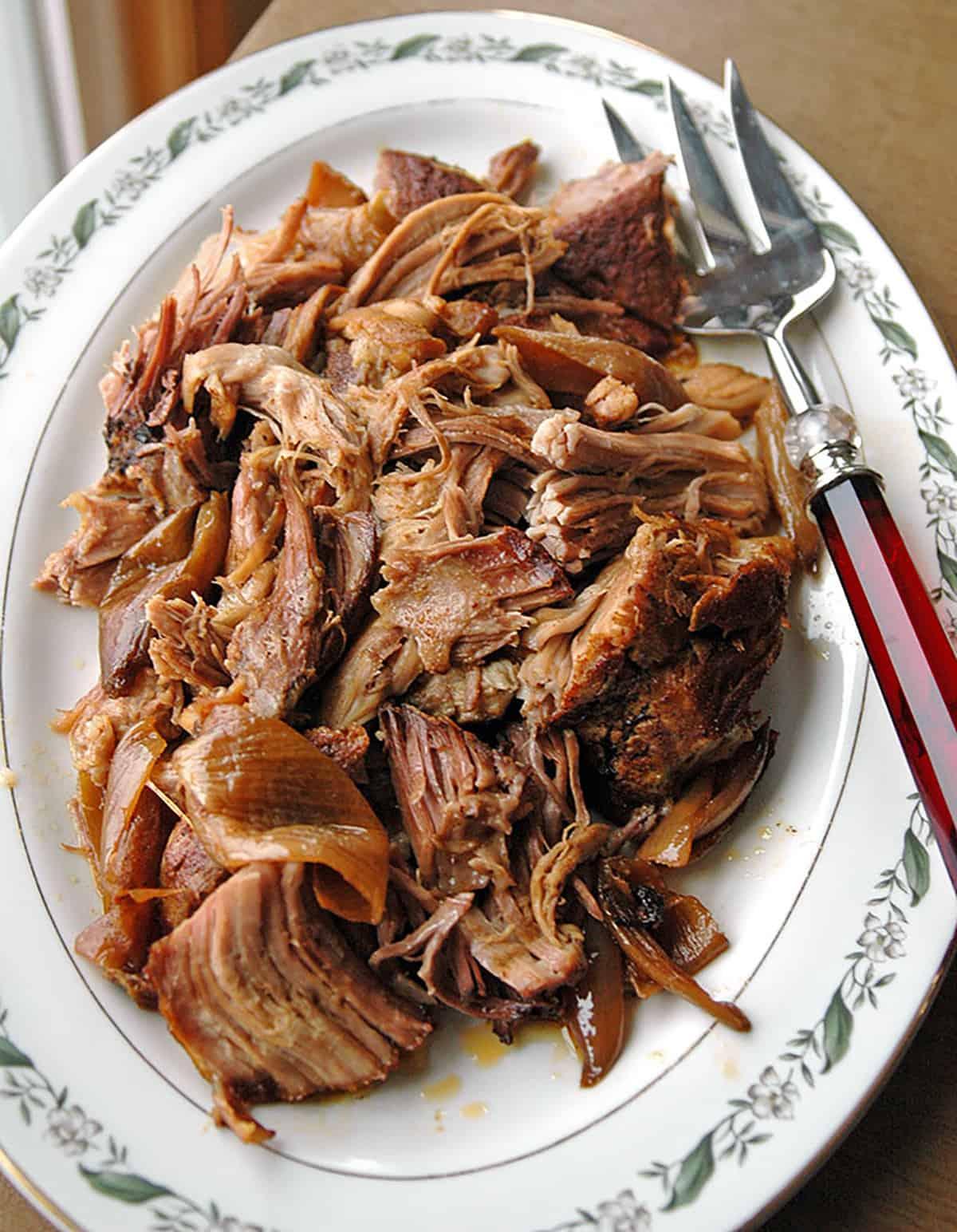 Slow-Cooker-Carolina-Pulled-Pork