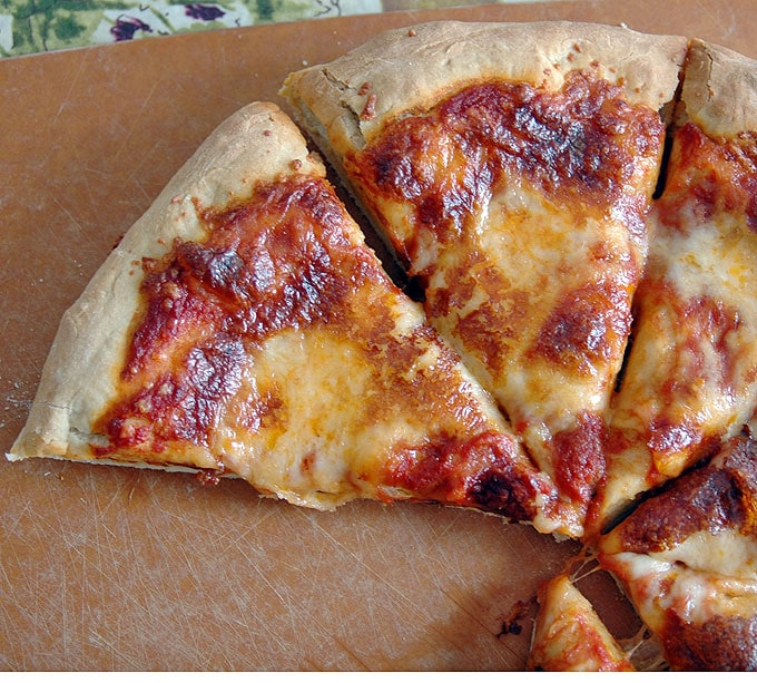 Homemade-Pizza-Dough-with-Beer
