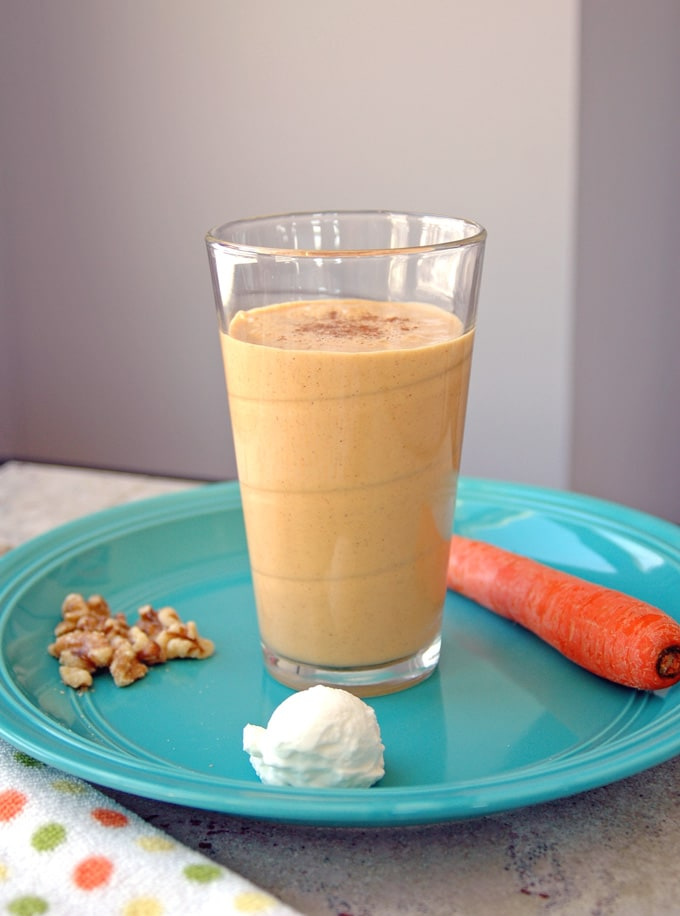 Healthy-Carrot-Cake-Smoothie
