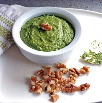 Easy Spinach-Walnut Pesto