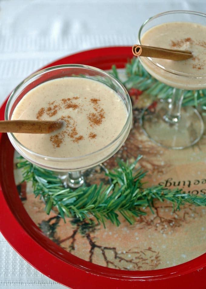 Coquito-(Coconut-Rum-Drink))