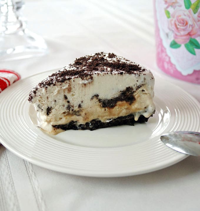 Top 10 Recipes and Highlights of 2016 on Cooking with Mamma C - Vanilla-Caramel Ice Cream Cake with Oreo Crust