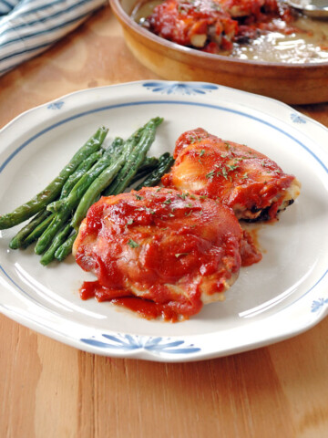 plate of 4-ingredient BBQ Chicken and green beans