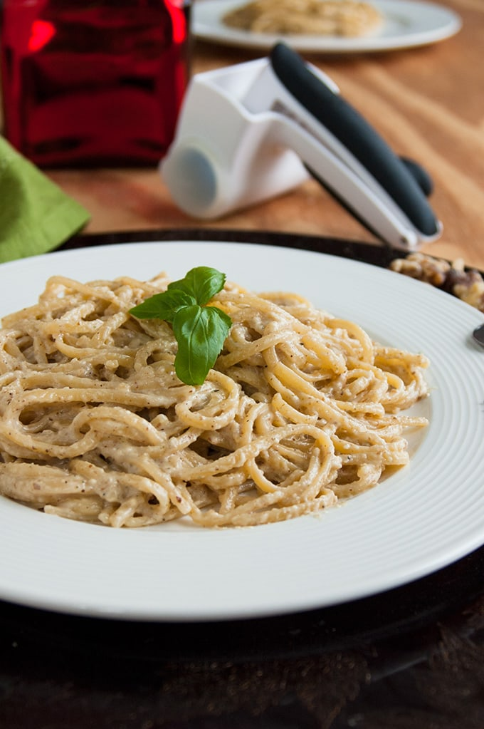 close-up of Linguine with Creamy Walnut Sauce on a plate