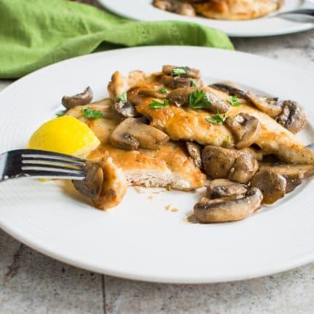 Easy Chicken Marsala with Mushrooms - You'll love this restaurant-quality dinner! #chicken #dinner #main