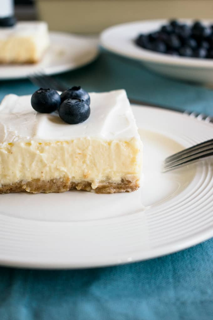 Mom's Cheesecake with Sour Cream Topping - Top Ten Recipes and Highlights of 2017 from Cooking with Mamma C #cheesecake #grahamcrackercrust