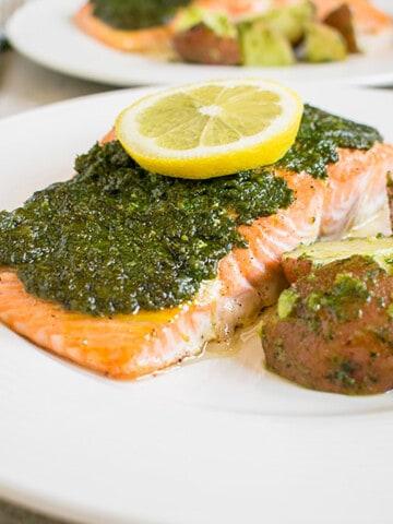pesto salmon with potatoes