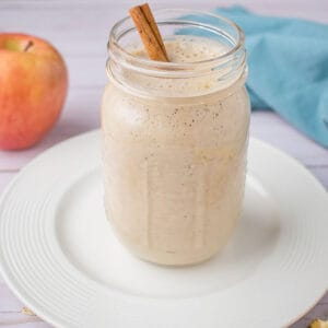 smoothie with apple and cinnamon stick